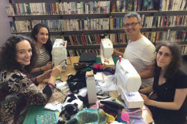 Sprache-Spiel-Natur.de | Sonja Eisenbeiß mit Essex Language Games Club und Chris Blomeley von Wivenhoe Repair Reuse Recycle